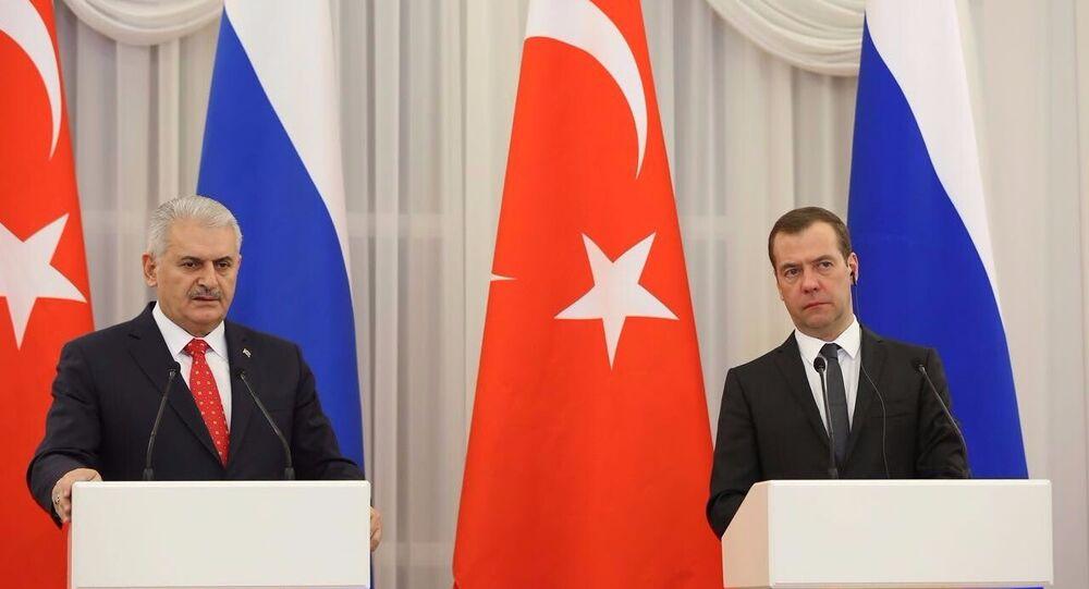 Yıldırım ve Medvedev, ortak basın toplantısında açıklamalarda bulundu