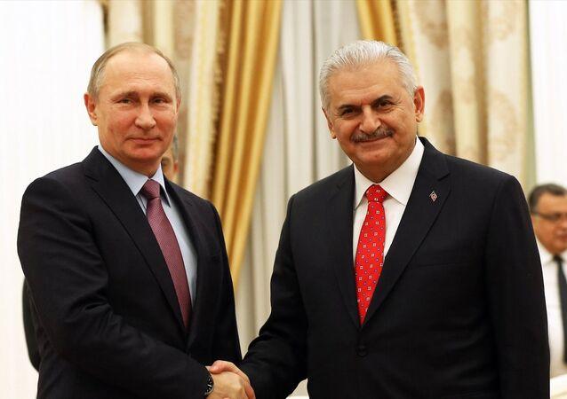 Rusya Devlet Başkanı Vladimir Putin ve Başbakan Binali Yıldırım