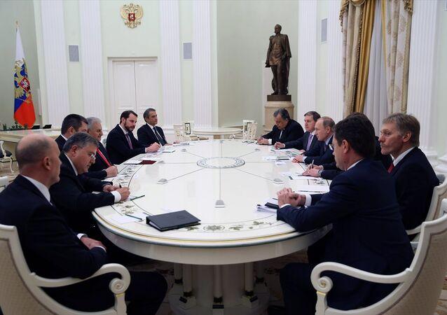 Rusya Devlet Başkanı Vladimir Putin ile Başbakan Binali Yıldırım'ın toplantısı