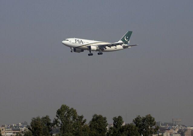 Pakistan Uluslararası Havayolları'na ait bir uçak