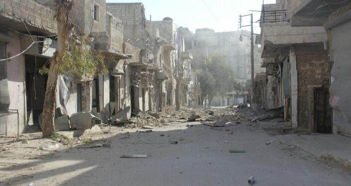 Halep'te örgütlerin çatışmaları sonucunda sokaklar harabeyi andırıyor