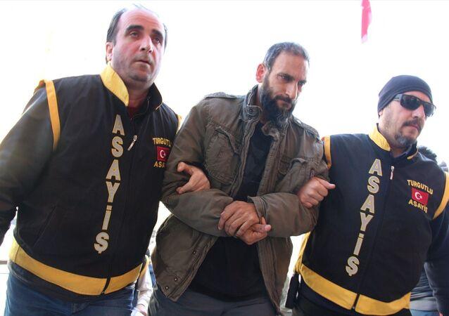 Ebru Kaya Tireli'yi darp ettiği iddiasıyla gözaltına alınan M.T