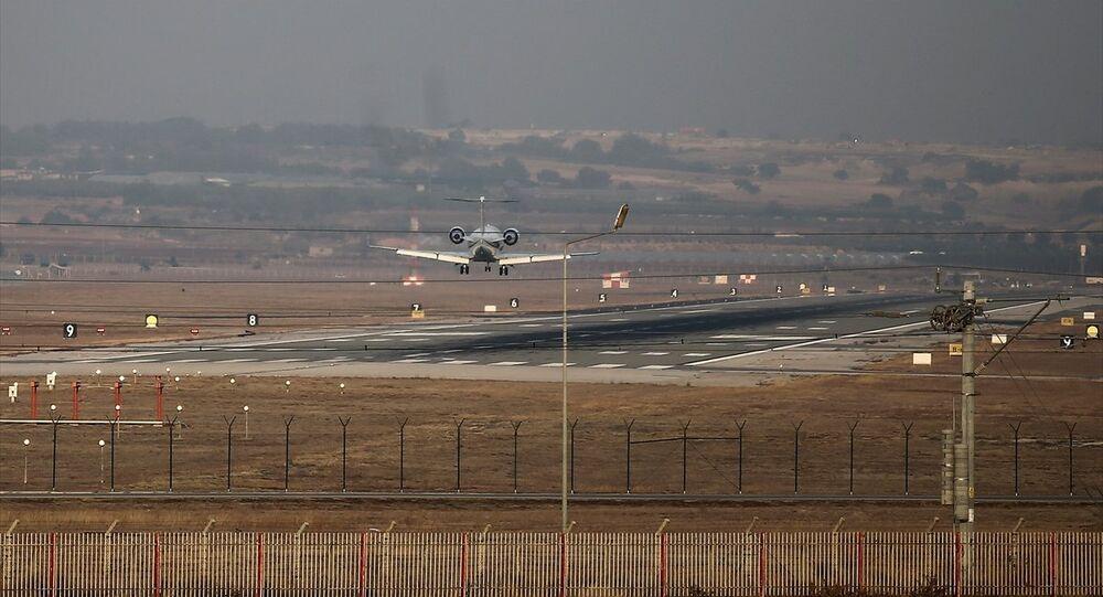 Danimarka Başbaşbakanı Rasmussen'i taşıyan uçak İncirlik'te
