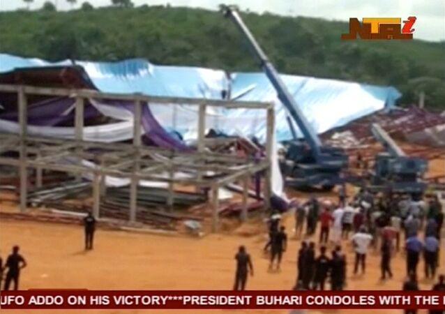 Nijerya'da çatı çöktü