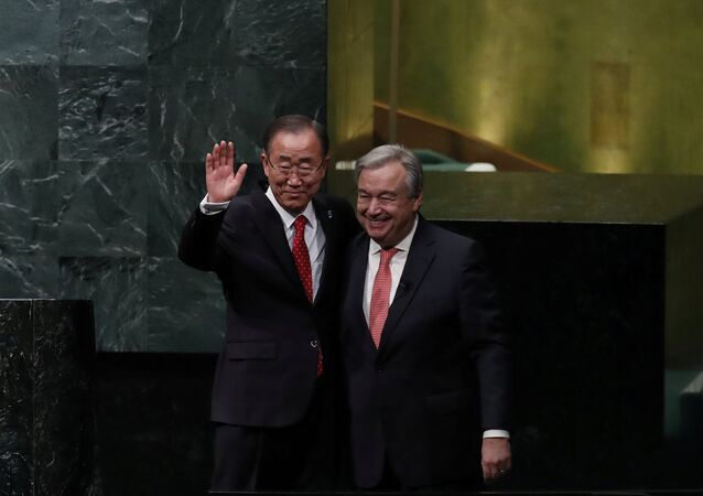 BM'nin 8. ve 9. genel sekreterleri Ban Ki-Mun ile Antonio Guterres