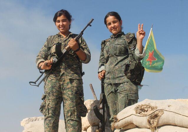 Demokratik Suriye Güçleri'nin (DSG) kadın savaşçıları