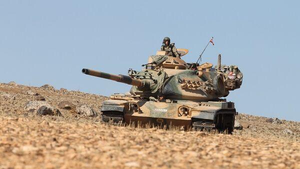 Suriye'deki Fırat Kalkanı operasyonuna katılan Türk askerleri - Sputnik Türkiye