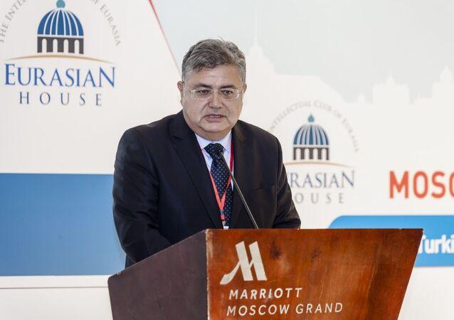 Rusya'nın başkenti Moskova'da 'Türk-Rus İlişkilerine Ekonomik Bakış' başlıklı bir panel yapıldı.