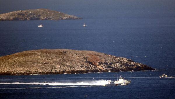 Yunan balıkçılar, Kardak yakınlarında krize neden oldu - Sputnik Türkiye