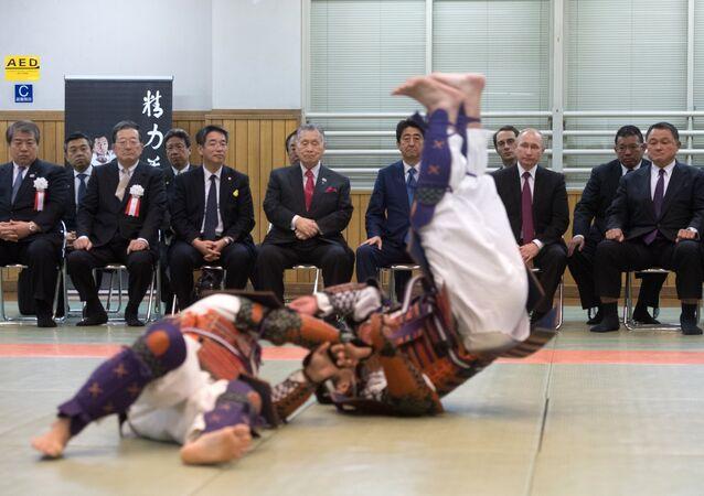 Vladimir Putin, Uluslararası Kukodan Judo Enstitüsü'nü de ziyaret etti / Video haber