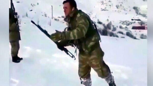 Hakkari'de görev yapan askerlerden ilginç paylaşım - Sputnik Türkiye
