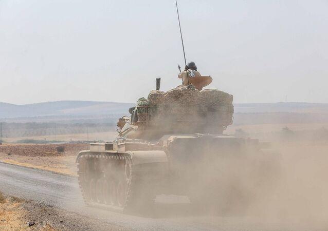Fırat Kalkanı operasyonuna katılan tanklar