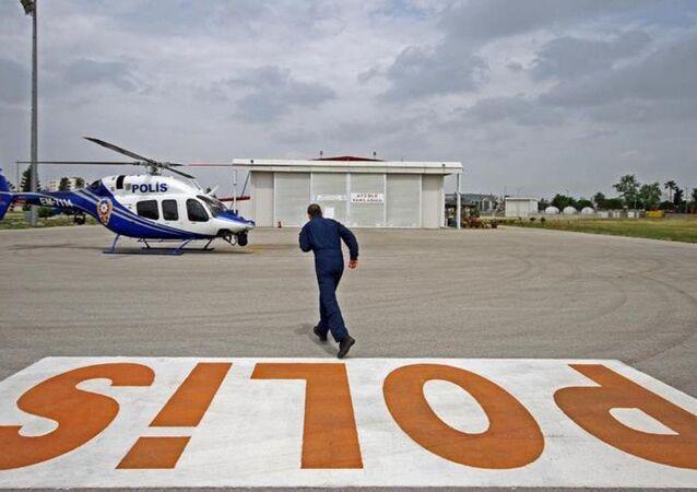 pilot - helikopter