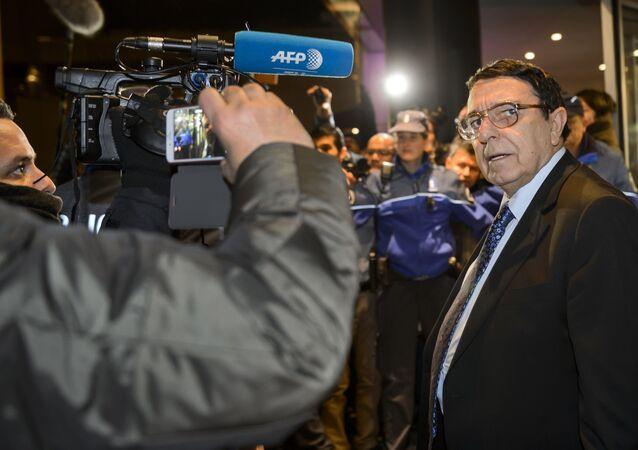 Yüksek Müzakere Komitesi Sözcüsü Riyad Naasan Agha