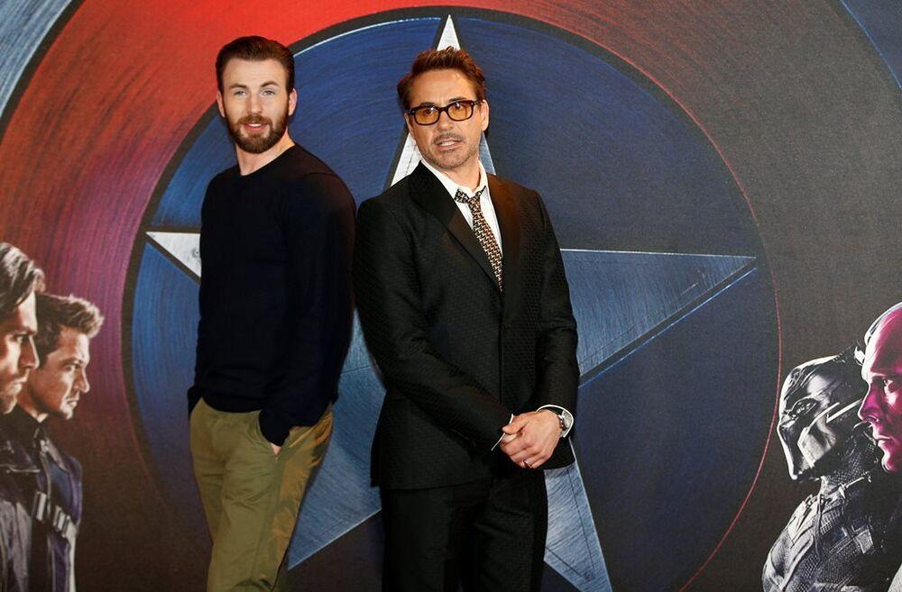 Chris Evans - Robert Downey Jr