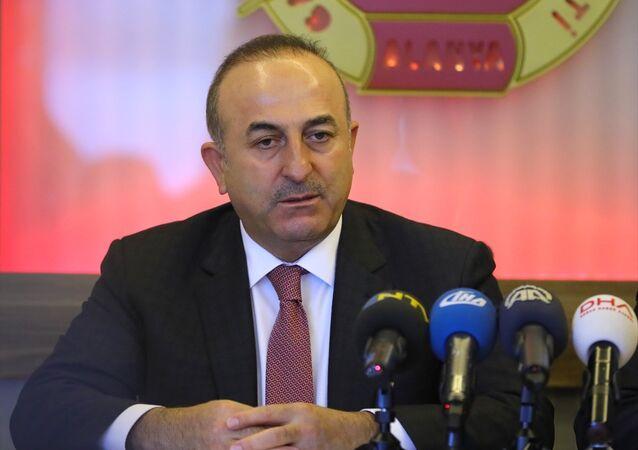 Dışişleri bakanı Mevlüt Çavuşoğlu, Alanya Gazeteciler Cemiyeti'nde