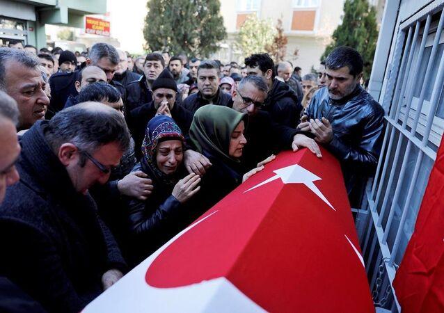İstanbul -Reina saldırısı