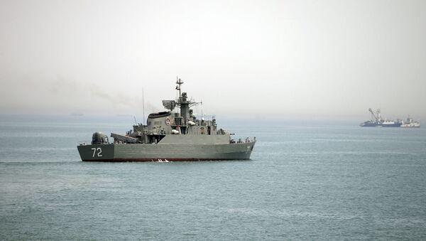 Hürmüz Boğazı / İran donanmasına ait Alborz - Sputnik Türkiye