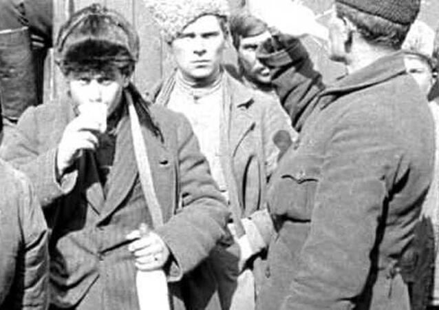 Rusya'nın Sibirya bölgesindeki İrkutsk kentinde 1919 yılındaki hayatı anlatan tarihi bir film internette yayınladı.