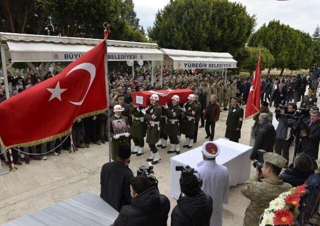 Astsubay Keskin'in cenazesi Adana'ya getirildi