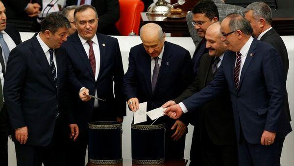 Anayasa değişikliği teklifi - oylama - Sputnik Türkiye