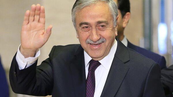 Mustafa Akıncı - Sputnik Türkiye