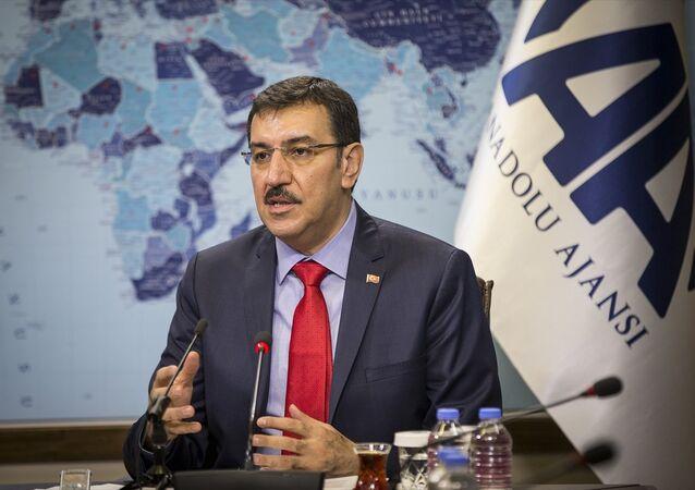 Gümrük ve Ticaret Bakanı Bülent Tüfenkci, AA Editör Masası'na konuk oldu.