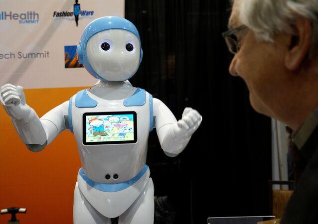 Çocuklar ve yaşlılar için geliştirilen Avatar iPal adlı robot