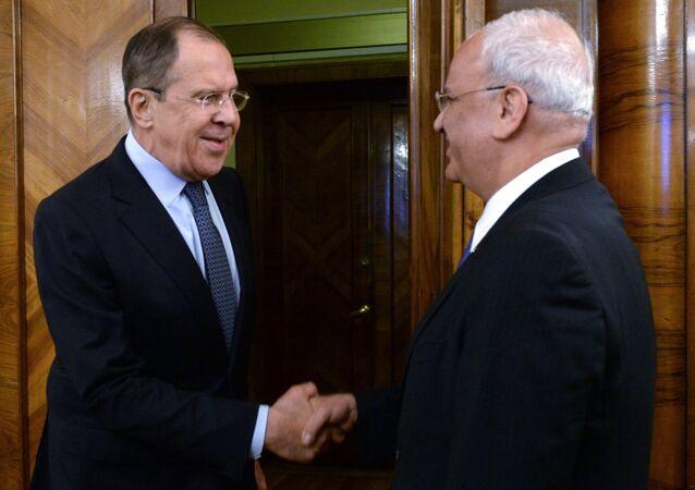 Filistin Kurtuluş Örgütü (FKÖ) Genel Sekreteri Saib Ureykat- Rusya Dışişleri Bakanı Sergey Lavrov