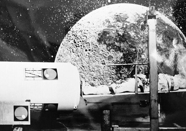 Cryo tüplerine dair 1974 yılından bir temsil