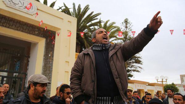Yasemin Devrimi'nin yıl dönümünde Tunus'ta protestolar - Sputnik Türkiye