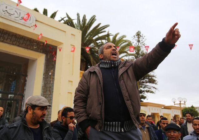 Yasemin Devrimi'nin yıl dönümünde Tunus'ta protestolar