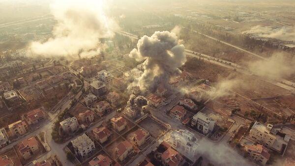 Rus foto muhabirlerinin gözünden Suriye savaşı - Sputnik Türkiye