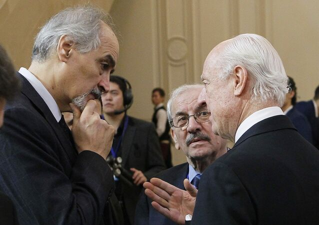 BM Suriye Özel Temsilcisi Staffan de Mistura ve Suriye'nin BM Büyükelçisi Beşar el Caferi
