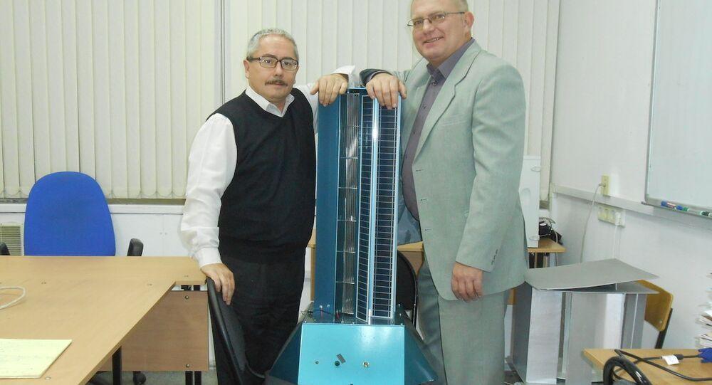 Rus bilim insanları Valeriy Perevalov ve Leonid Primak