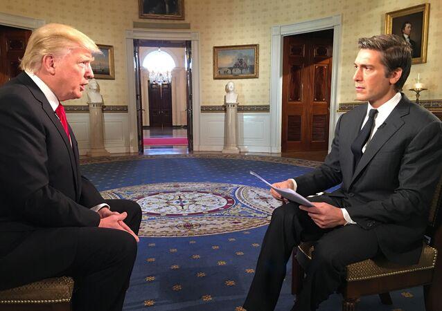 Trump başkan olduktan sonra ilk özel röportajını ABC'den David Muir'e verdi