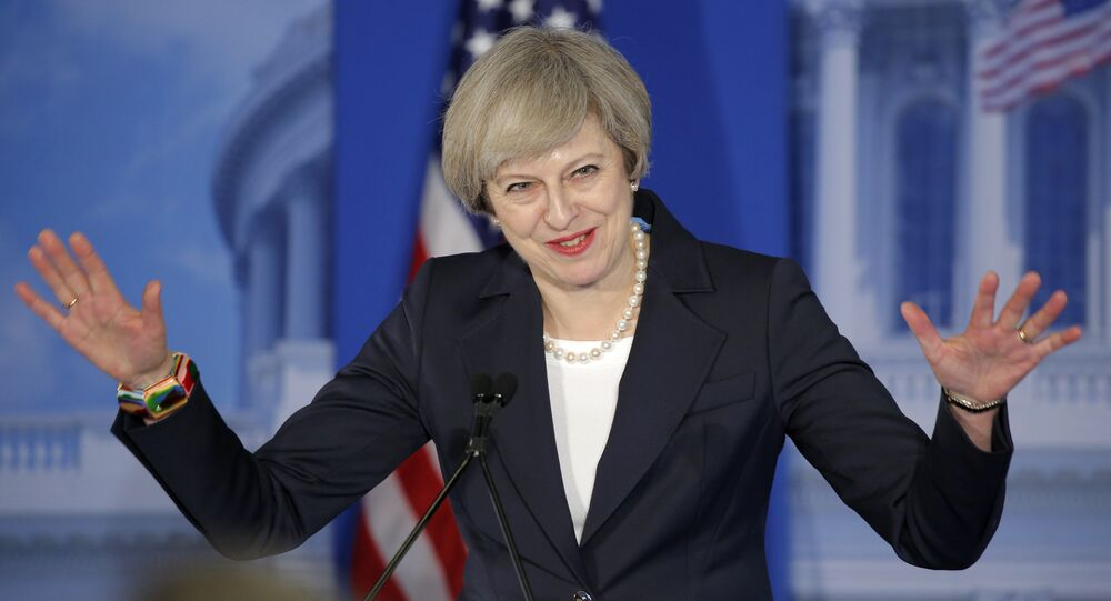 Theresay May