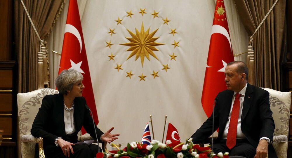 Cumhurbaşkanı Recep Tayyip Erdoğan- İngiltere Başbakanı Theresa May