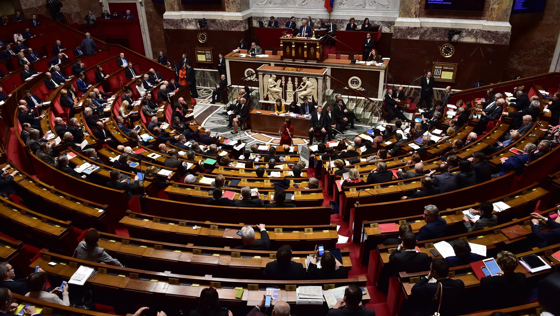 Fransa parlamentosu - Sputnik Türkiye, 1920, 16.04.2021