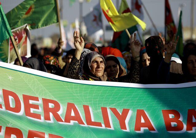 Astana'ya PYD'nin davet edilmemesini protesto eden Kürtler
