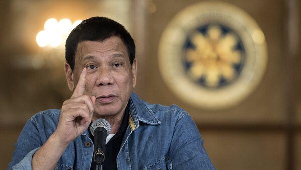 Filipinler Devlet Başkanı Rodrigo Duterte - Sputnik Türkiye