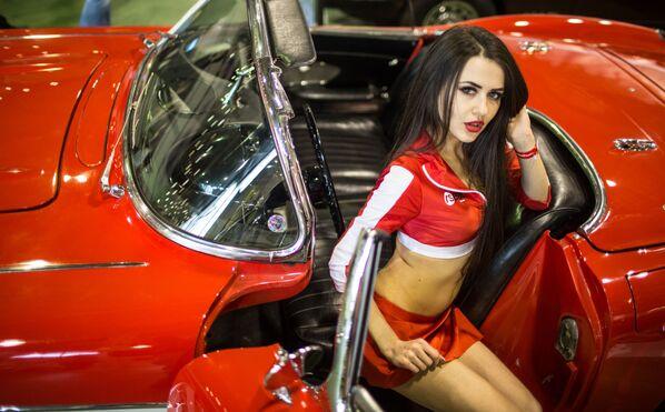 Rus motorsporları hayranları için Russian Racing Group şirketi tarafından Motorsport Expo fuarında nadir spor arabaları sunulacak. - Sputnik Türkiye