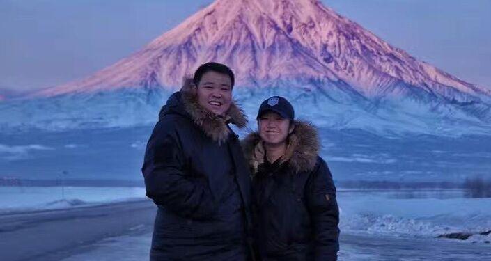 Çinli çift dünya turuna Rusya'dan başladı