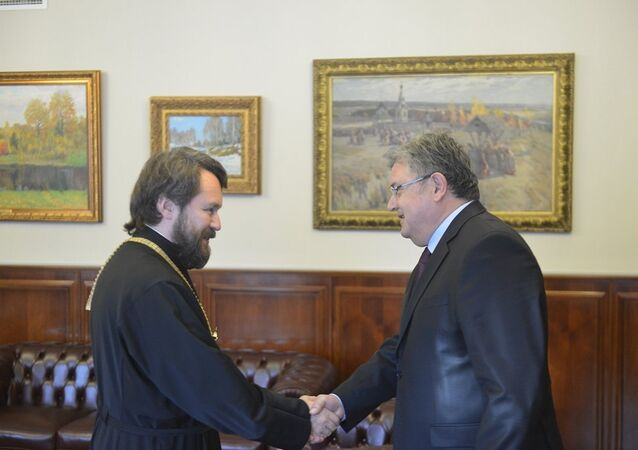 Türkiye'nin Moskova Büyükelçisi Hüseyin Diriöz ve Rusya Ortodoks Kilisesi Dış Kiliseler ile İlişkiler Masası Başkanı İlarion Volokolamski