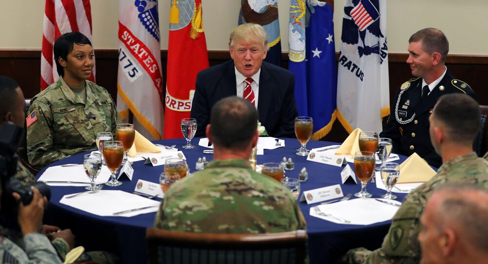 Trump CENTCOM toplantısında