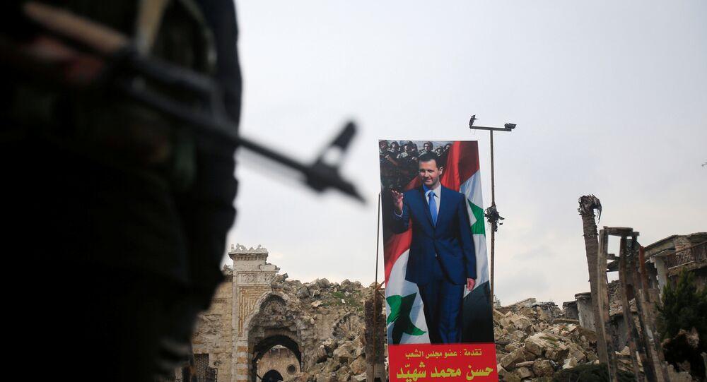 Suriye ordusu- Suriye Devlet Başkanı Beşar Esad