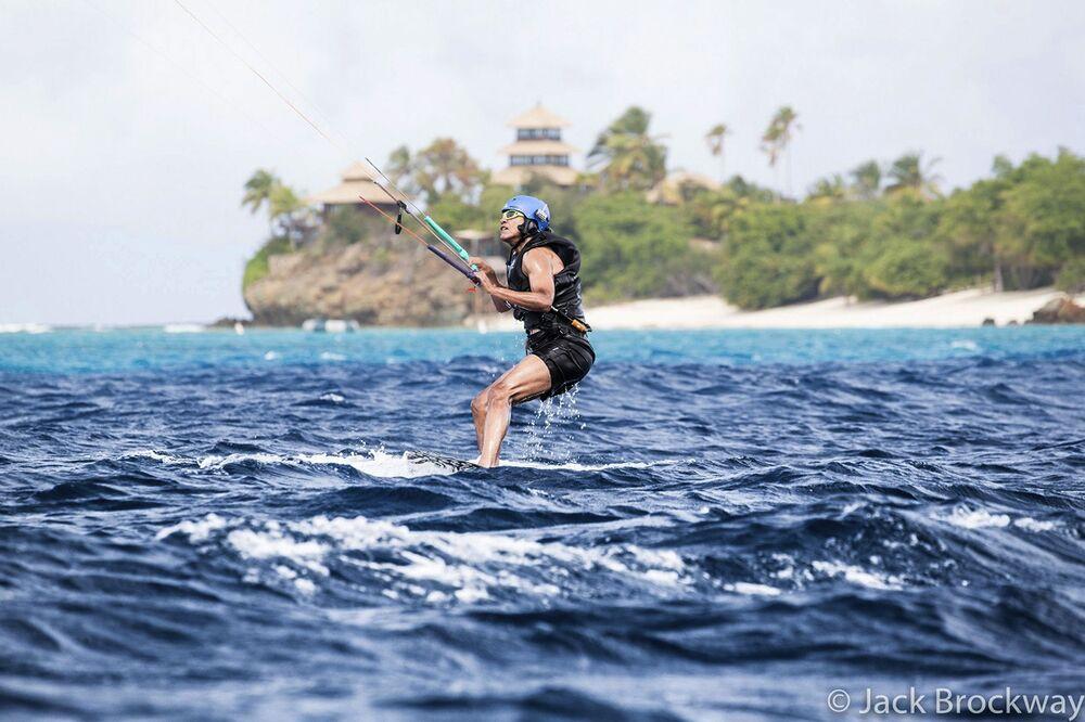Eski ABD Başkanı Obama tatilin tadını çıkarıyor