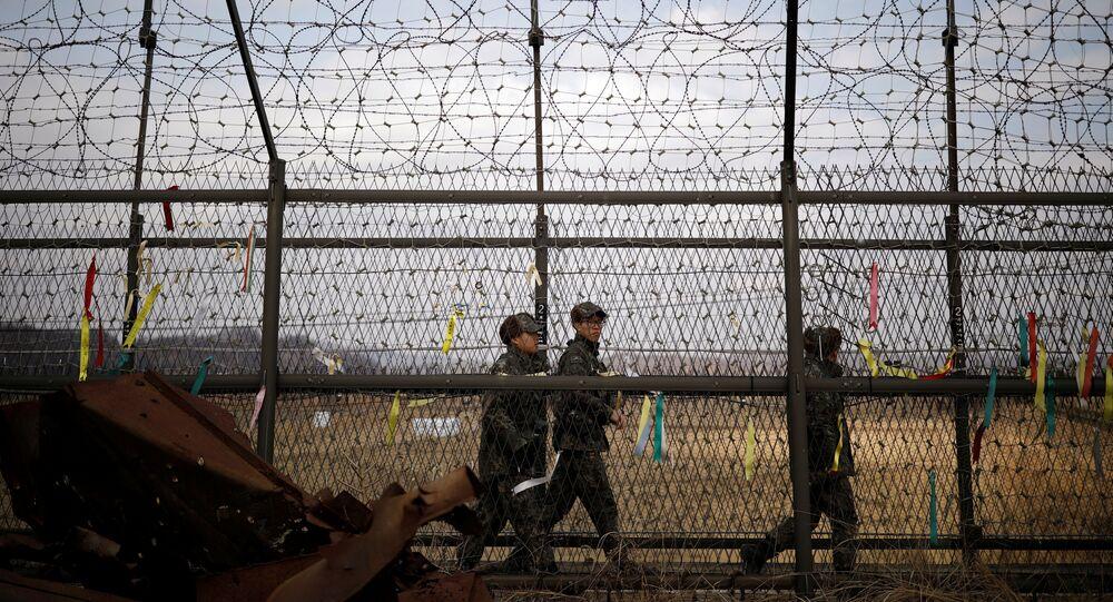 Güney Kore askerleri Kuzey Kore sınırında nöbet tutuyor