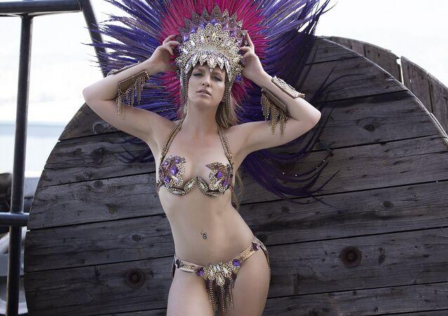 Brezilya'da gerçekleştirilecek dünyaca ünlü Rio Karnavalı'nda Rusya'nın başkenti Moskova'dan 25 yaşındaki Yulyana Titayeva da samba hünerlerini gösterecek.