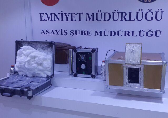 İstanbul'da 'para yapan makine' ele geçirildi